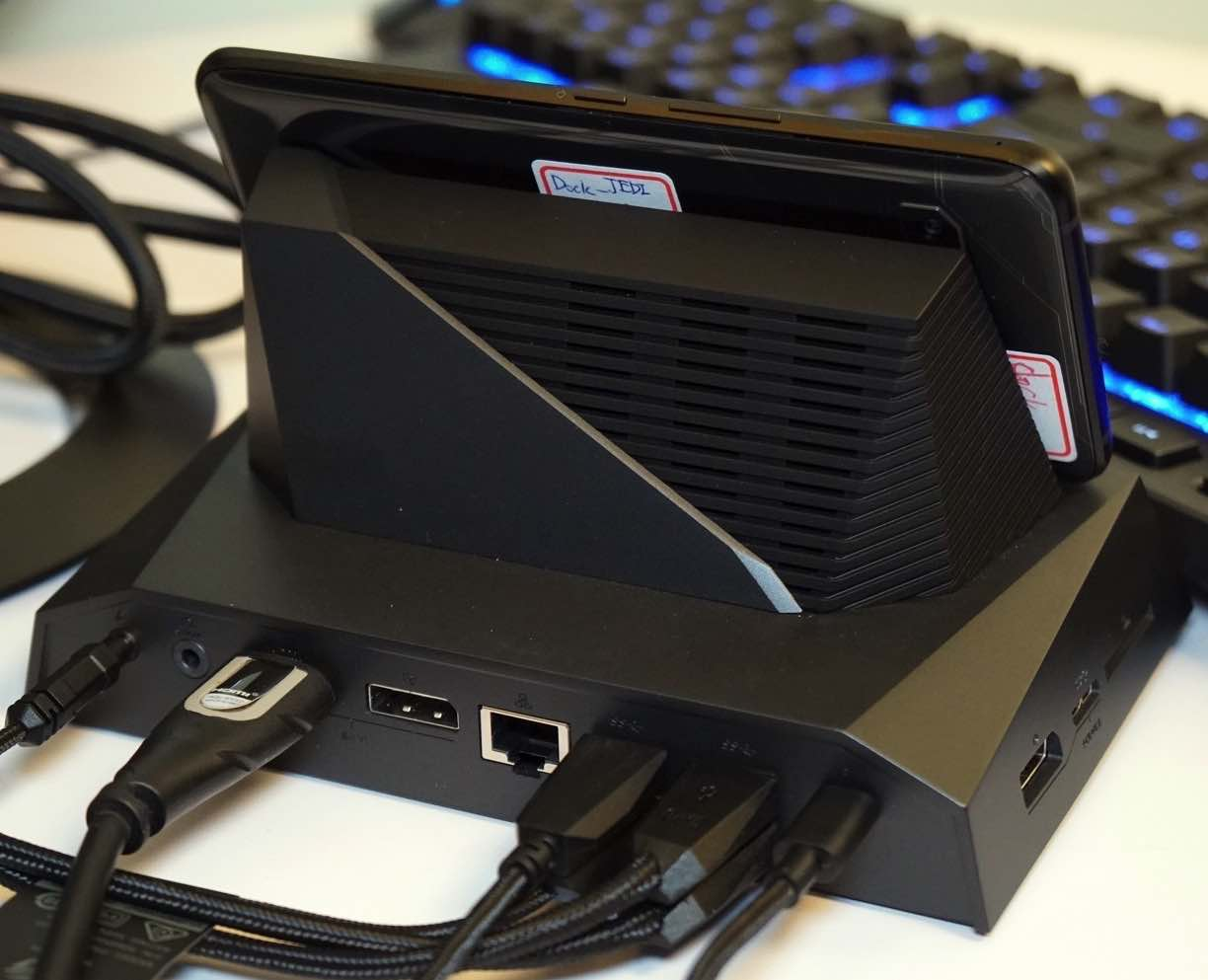 asus-rog-phone-dock