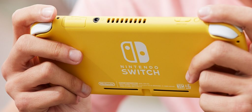 Nintendo-Switch-Lite-Yellow-back